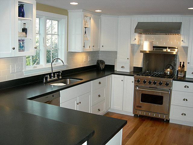 Budget kitchen remodeling 5 money saving steps atlanta for Budget kitchen cabinets